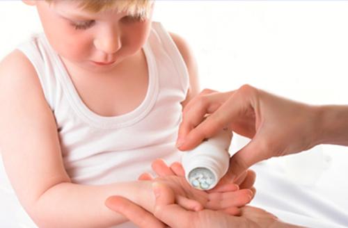 Если ребёнок каждый месяц пьёт антибиотики